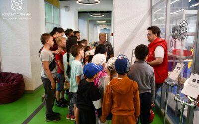 Ребята из Рождественской школы удивлялись чудесам науки и техники💡⚙🎉 17.06.2019